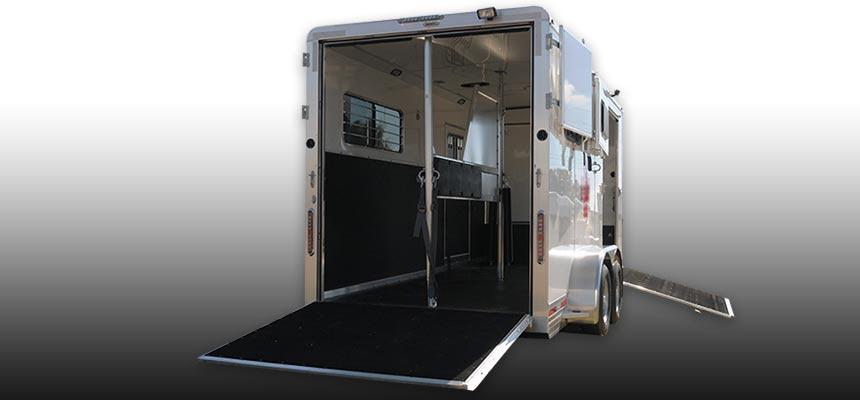 Horse-ambulance-860×400-c