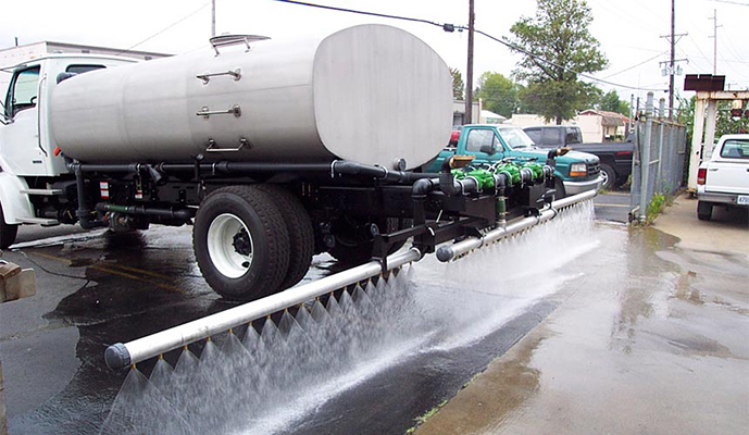 horse-track-water-truck-2-c